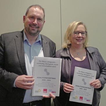 Der Mainzer SPD-Vorsitzende Johannes Klomann und die Fraktionsvorsitzende im Stadtrat Alexandra Gill-Gers
