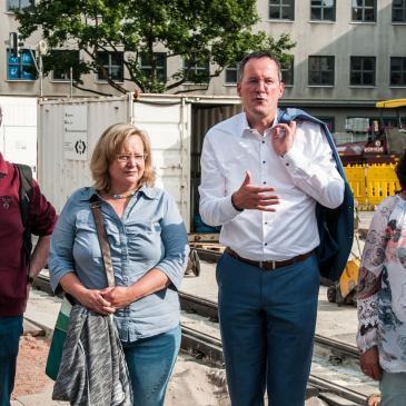 Das Foto zeigt (von links) das Stadtratsmitglied Matthias Dietz-Lenssen, die Fraktionsvorsitzende im Stadtrat Alexandra Gill-Gers, Michael Ebling und das Stadtratsmitglied Martina Kracht.