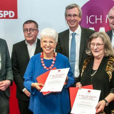 Karl-Delorme-Preis für Stadtteil-Treff und Senioren-Musikprojekt
