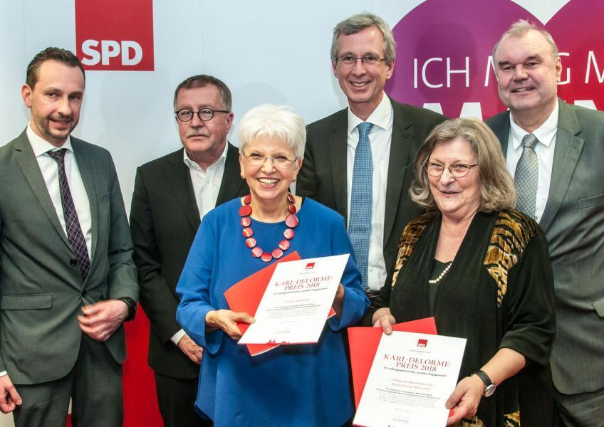 Das Foto zeigt (von links) Marc Bleicher, Kurt Merkator, Ursula Schumann, Eckart Lensch, Christiane Gerhardt und Klaus Delorme.