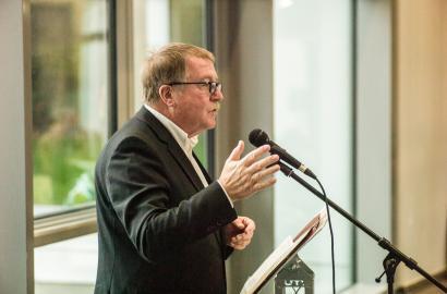 65. Geburtstag: Michael Ebling gratuliert Kurt Merkator