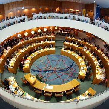 Ratssaal im Rathaus der Landeshauptstadt Mainz